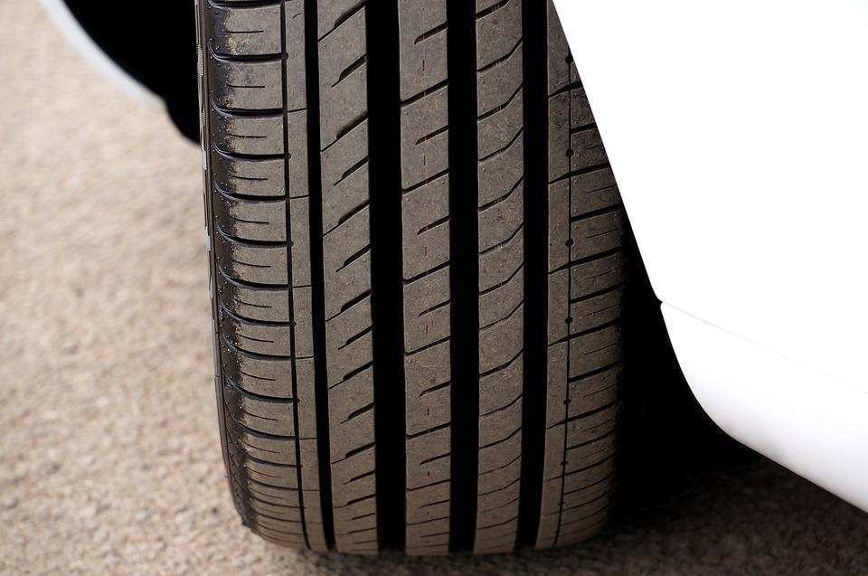 Où commander des pneus en ligne au Maroc?