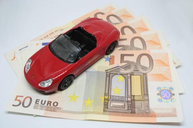 Ce qu'il faut connaître avant de contracter un crédit auto