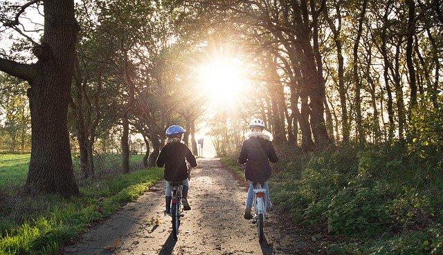 L'importance du casque en vélo électrique